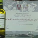 [:ca]Mas Plantadeta Blanc Roure guardonat amb el Vinari de Bronze[:es]Mas Plantadeta Blanco Roure obtiene el Vinari de Bronce![:]